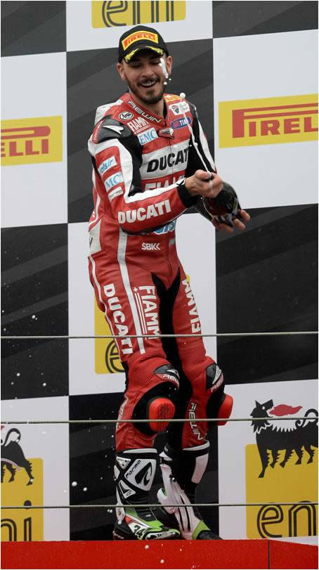 Ducati EMC İtalyan Yarış Devinin İddiasını Güçlendiriyor