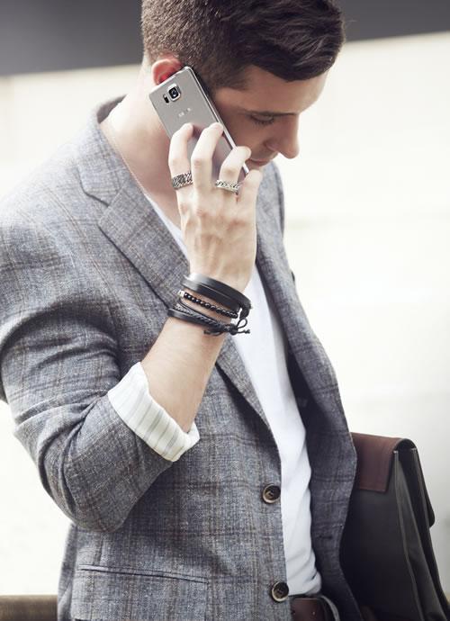 Samsung Galaxy Alpha ile akıllı telefonda bambaşka bir tasarım