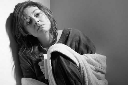 Uzm. Dr. Kamil Teker, yaptığı çalışmalar neticesi panik atak, anksiyete bozukluğu ve depresyonun nedeninin omurga kaynaklı olabileceği sonucuna ulaşmış.