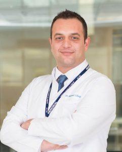 Memorial Hizmet Hastanesi Beyin ve Sinir Cerrahisi Bölümü'nden Op. Dr. Mehmet Tönge'de, bel fıtığı ve tedavi yöntemleri hakkında bilgi verdi.
