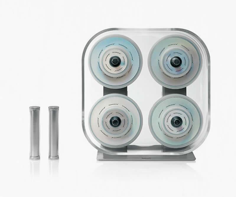 Rahat taşınabilmesi için özel tasarlanmış dumbell'lar ile tüm kaslarınızı güçlendirebilirsiniz.