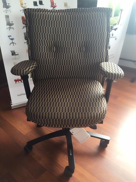 LÖFFLER Sandalyeleri uluslararası patente sahip olup, Münih Üniversitesinden sertifikalıdır