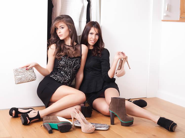 Vitrinlerdeki 2015 yazı ayakkabı modelleri …