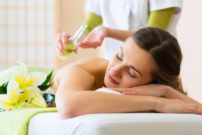 Su cildi sıkılaştırmada önemli rol oynamaktadır.
