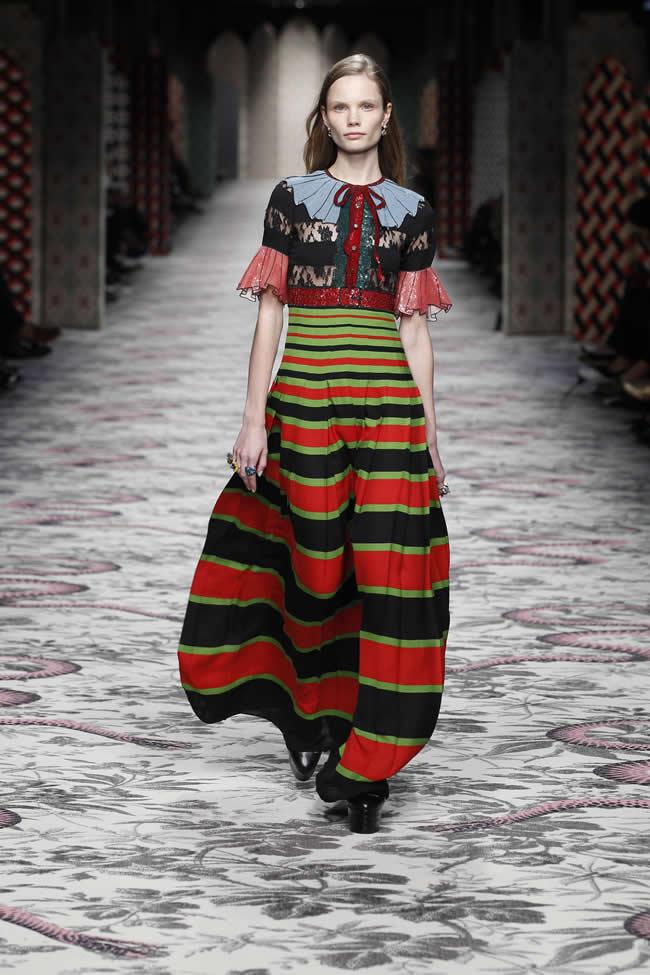 Gucci 2016 İlkbahar/Yaz Kadın Koleksiyonu defilesi