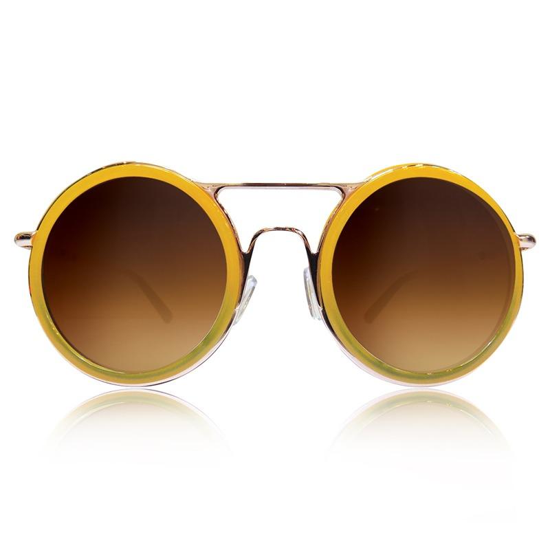 Hızlı değişen modaya uyum sağlamak için stylish öneriler sunan Despada'nın günün modası model ve renklere ait ürünleri oldukça ilgi çekiyor.