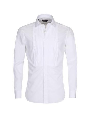 Ramsey, 2015/16 Sonbahar-Kış Koleksiyonu'nda yer alan şık, modern, fit smokin ve takım elbiseleriyle damat adaylarının bu özel günlerindeki stilini belirliyor.
