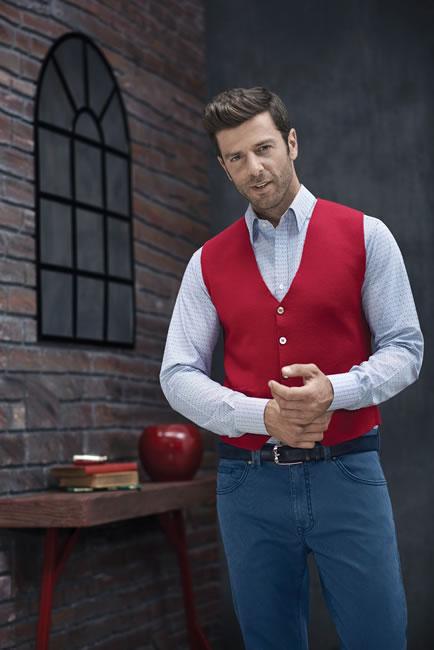 Erkek giyiminin klasikleşmiş markası BİSSE, birbirinden şık tasarımlarıyla Türk erkeklerinin vazgeçilmezi oluyor