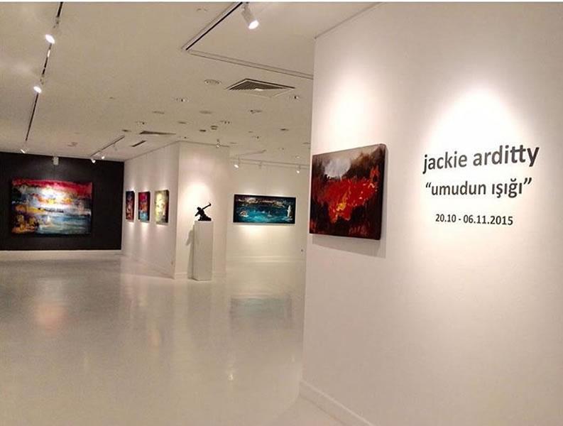"""JACKIE ARDITTY – dokuzuncu kişisel sergisi """"Umudun Işığı"""""""