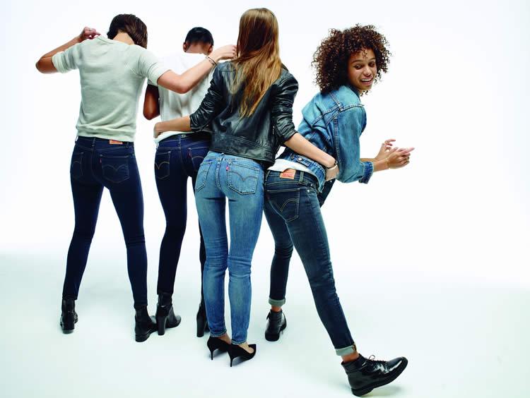 Levi's®, modaseverlere tanıttığı ve mağazalarda yer alan yeni Lot 700 serisi ile mükemmel jean'i bulmanızı sağlıyor.