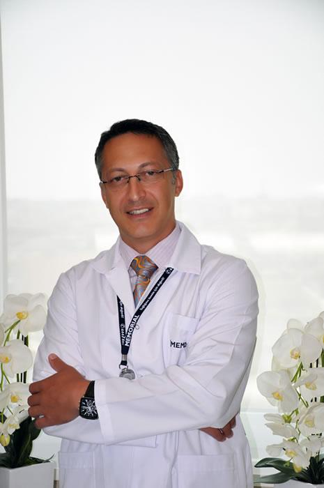 Op.Dr. Bülent Fahri Kılınçoğlu'nun tespitlerine göre 6 aydan uzun süreli ağrılarınız bir türlü geçmiyorsa, büyük olasılıkla omurganızda oluşan bir rahatsızlığın habercisi olarak kabul edilir.