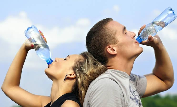 Vücudumuzun yaklaşık % 60'ı sudan oluşur.