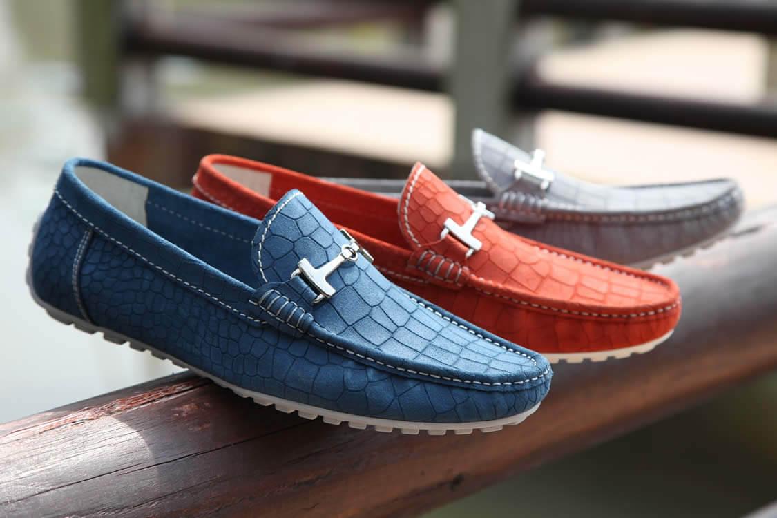 Sneakers ayakkabı ile 2019 ilkbahar yaz stilleri