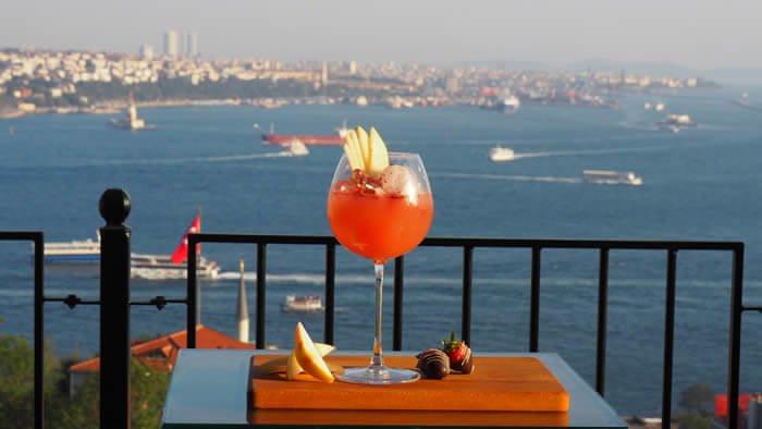 Sonbahar ve Kış Mevsimi İçin İstanbul'da Popüler Mekan Önerileri
