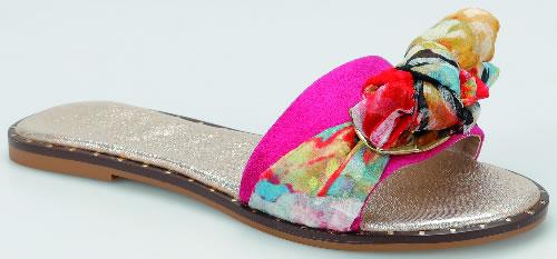 Yaz mevsiminde terlik ve sandalet olmazsa olmaz!