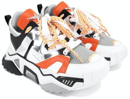 LOIE'nin 2020 Yaz Ayakkabı Modası Sneaker Kombini