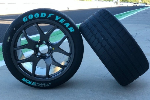Goodyear PURE ETCR – Eagle F1 SuperSport