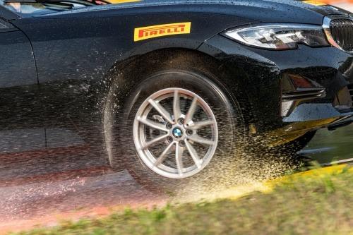 Araba Lastiği Markaları Pirelli dört mevsim lastikler