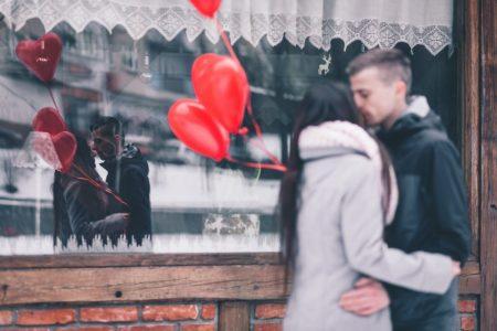 2021 Yılında Sevgiliye Alınabilecek Yılbaşı Hediyesi